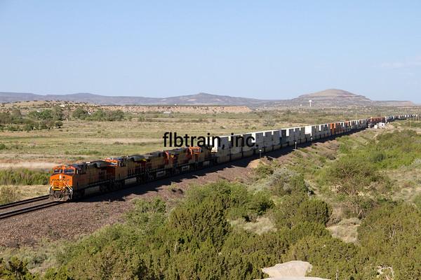 BNSF2012051679 - BNSF, McCarty's, NM, 5/2012