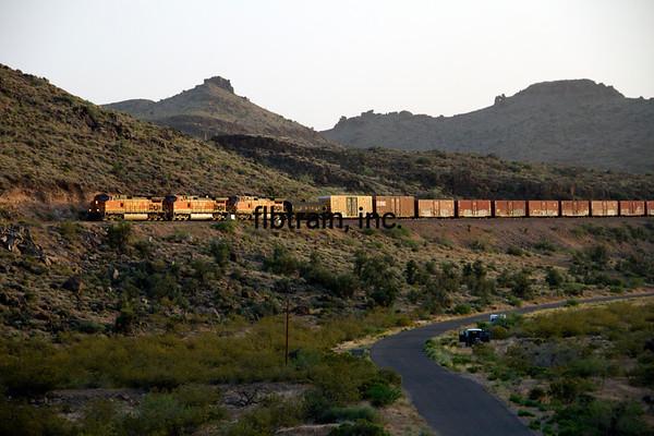 BNSF2012050942 - BNSF, Kingman, AZ, 5/10/2012