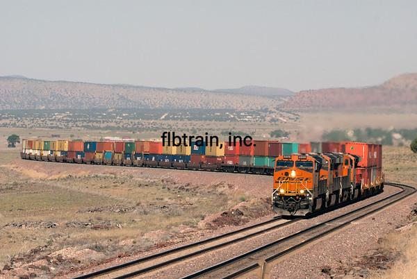 BNSF2012051252 - BNSF, Seligman, AZ, 5/2012