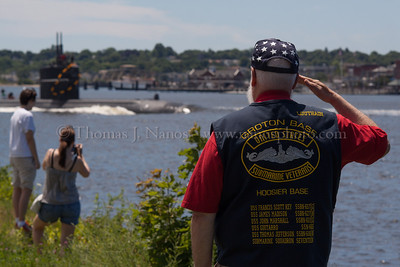 Saluting a Los Angeles Class A US Navy Sub Veteran salutes the return of the USS Pittsburgh - a US Navy Los Angeles class fast attack submarine - to their home base of Groton, Connecticut