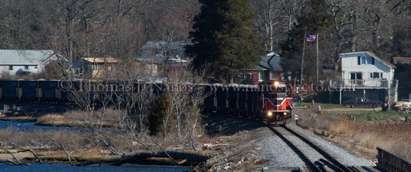 NR-2 at MP8 Providence & Worcester train NR-2 heads south in a stiff crosswind past milepost 8 in Preston, CT.