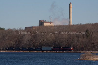 NR-2 in Preston Providence & Worcester train NR-2 appears in Preston, CT along the Thames River