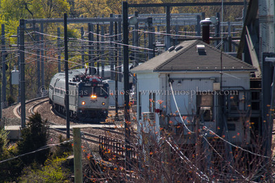 171 Approaching NAN Amtrak train 171 approaches the Niantic River Drawbridge from the Waterford, CT side.