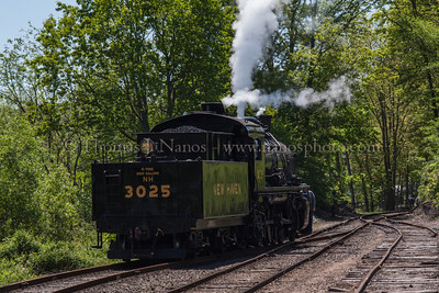 Shoving up the siding No 3025 shoves back up the Deep River siding to tie onto their train for the soutbound trip