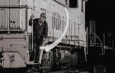 Throwing a signal - Black & White