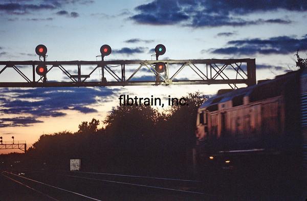 MET1999090039 - Metra, Naperville, IL, 9/1999