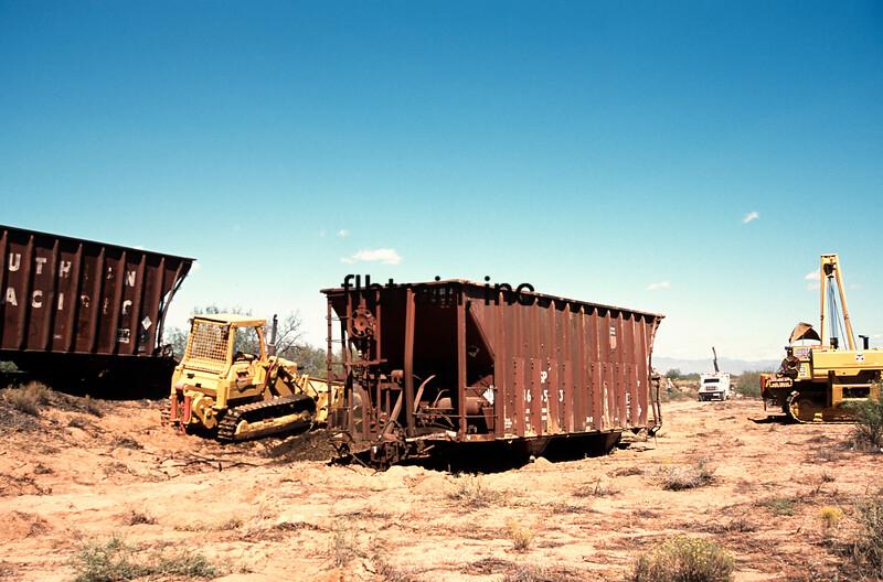 AZER2002100002 - Arizona & Eastern, Tanque, AZ, 10/2002