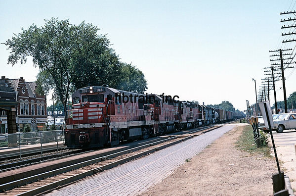 CBQ1969081439 - Burlington Route, LaGrange, IL, 8/1969