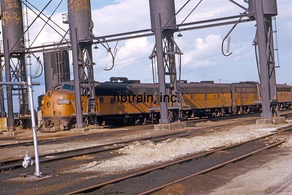 MR1974060074 - Milwaukee Road, Bensenville Yard, IL, 6/1974