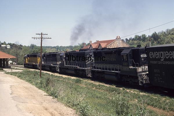 MP1976102000 - Missouri Pacific, Branson, MO, 10/1976