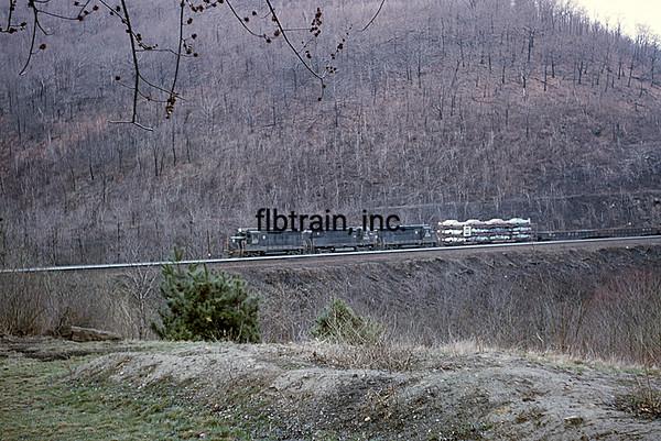PRR1966040142 - Pennsylvania RR, Horseshoe Curve, PA, 4/1966