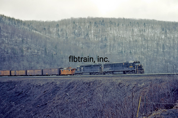 PRR1966040003 - Pennsylvania RR, Horseshoe Curve, PA, 4/1966