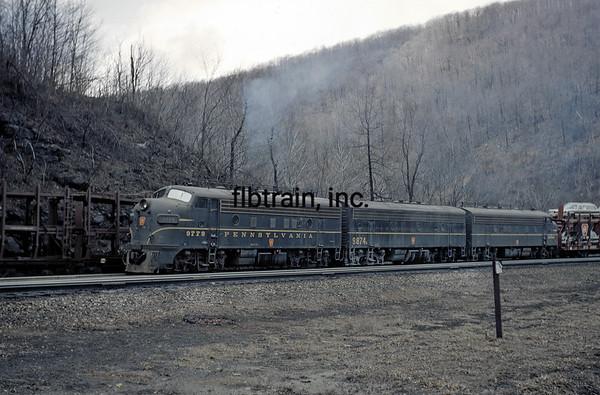 PRR1966040139 - Pennsylvania RR, Horseshoe Curve, PA, 4/1966
