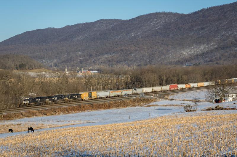 NS M1V rolls west along the Norfolk Southern Pittsburgh Line at MP 174 near Mattawana, PA.