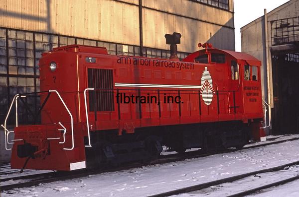 AA1981110012 - Ann Arbor, Owosso, MI, 11-1981