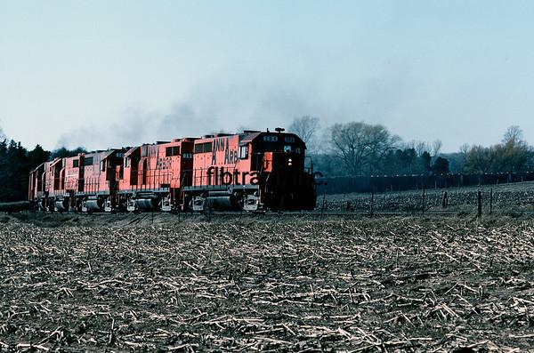 AA1982040023 - Ann Arbor, Boon, MI, 4/1982