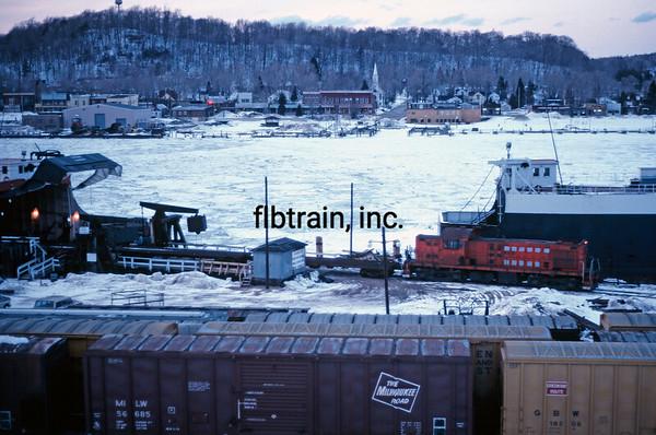 AA1982031000 - Ann Arbor, Elberta, MI, 3/1982