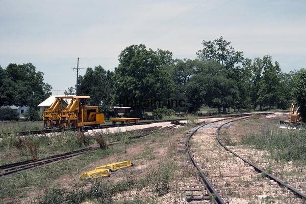 LD1990050100 - Louisiana & Delta, New Iberia, LA, 5-1990