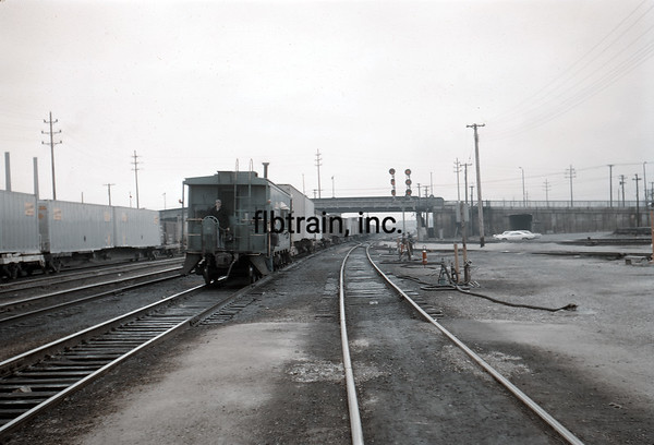 NYC1966010025 - New York Central, Collinwood, OH, 1-1966