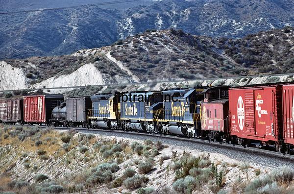 SF1977089833 - Santa Fe, Cajon Pass, CA, 8/1977