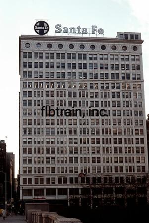 SF1971081000 -  Santa Fe, Chicago, IL, 1/1972