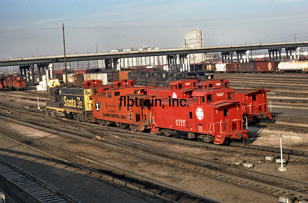 SF1974120007 - Santa Fe, Argentine Yards, KS, 12/1974