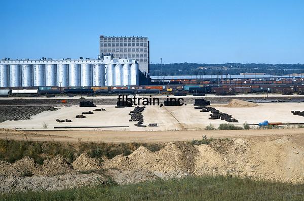 SF1968080004 - Santa Fe, Argentine Yard, KS, 8/1968