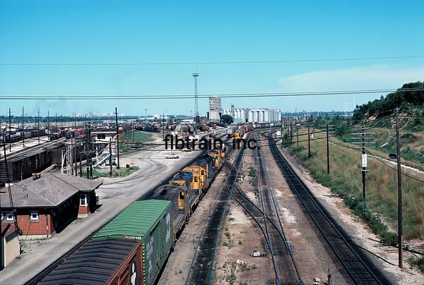 SF1976070002 - Santa Fe, Argentine Yard, KS, 7/1976