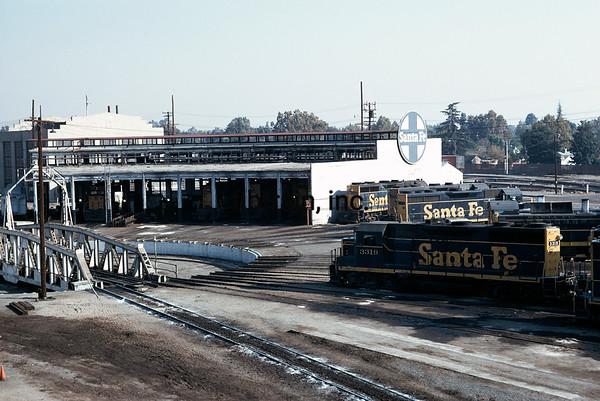SF1973090400 - Santa Fe, Bakersfield, CA, 9/1973