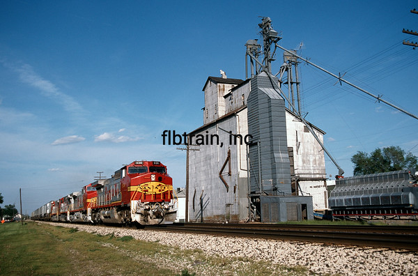 SF1995050007 - Santa Fe, Mazon, IL, 5/1995
