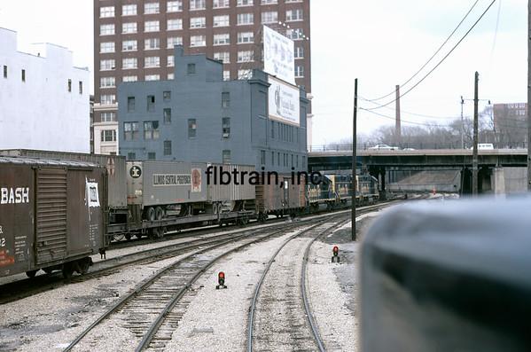 SF1971044502 - Santa Fe, Kansas City, MO, 4/1971