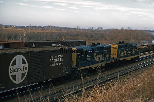 SF1970126250 - Santa Fe, Argentine Yard, KS, 12/1970