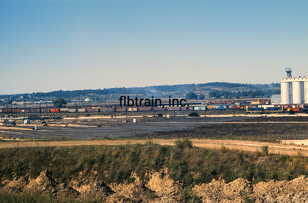 SF1968080005 - Santa Fe, Argentine Yard, KS, 8/1968