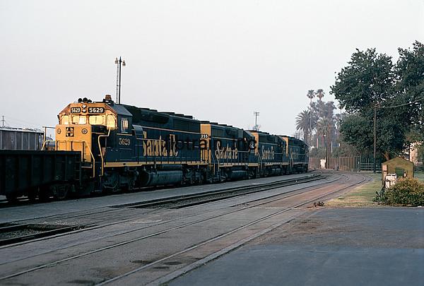 SF1973050900 - Santa Fe, San Bernardino, CA, 5/1973