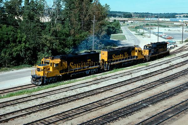 SF1976070001 - Santa Fe, Argentine Yard, KS, 7/1976