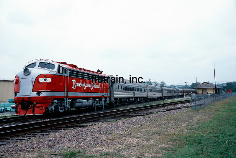 BSRR2000050003 - Branson Scenic Railway, Branson, MO, 5/2000