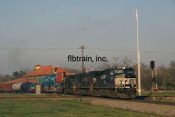 NS2011020100 -  Norfolk Southern, Hattiesburg, MS, 2/2011