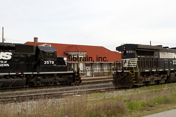 NS2016040135 - Norfolk Southern, Cleveland, TN, 4-2016