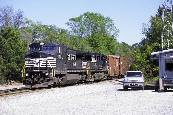 NS2006040005 - Norfolk Southern, Jesup, GA, 4/2006