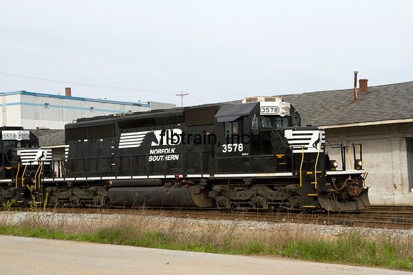 NS2016040127 - Norfolk Southern, Cleveland, TN, 4/2016