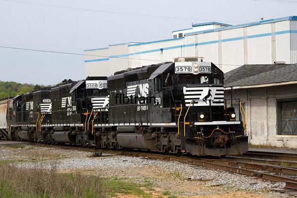 NS2016040108 - Norfolk Southern, Cleveland, TN, 4/2016
