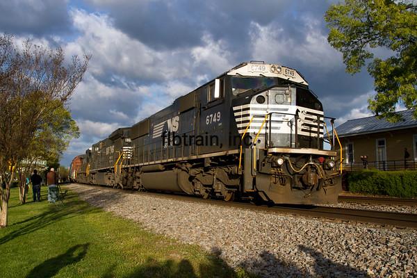 NS2016040355 - Norfolk Southern, Thomasville, NC, 4/2016