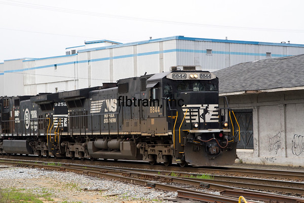 NS2016040215 - Norfolk Southern, Cleveland, TN, 4/2016