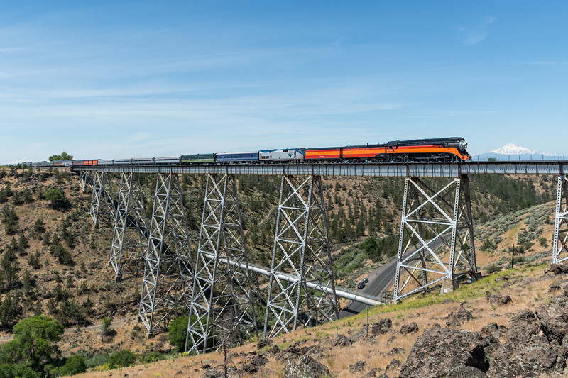 Southern Pacific 4449 at Madras, Oregon