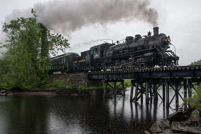 3025 crossing over Chester Creek in the rain