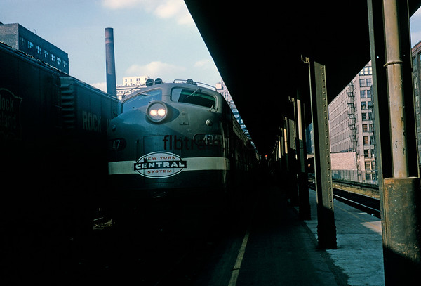NYC1965110001 - New York Central, Chicago, IL, 11/1965