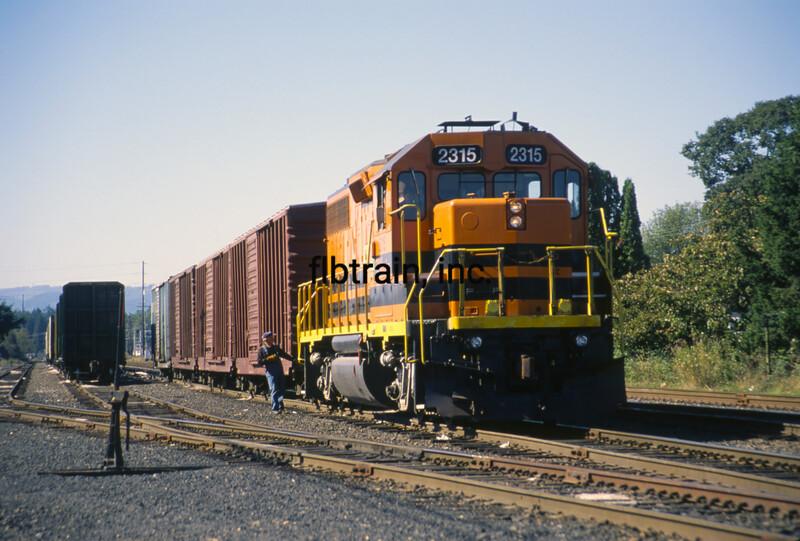 PNWR1997090004 - Portland & Western, St, Helens, OR, 9/1997