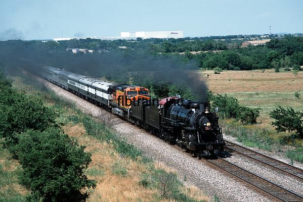 BNSF2001055117 - BNSF, Haslett, TX, 5/2001