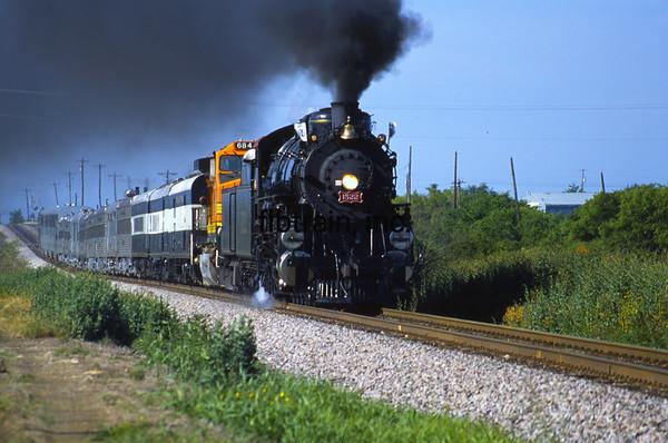 BNSF2001055000 - BNSF, Justin, TX, 5/2001