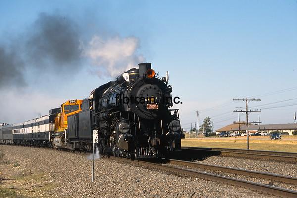 BNSF2001055007 - BNSF, Ponder, TX, 5-2001